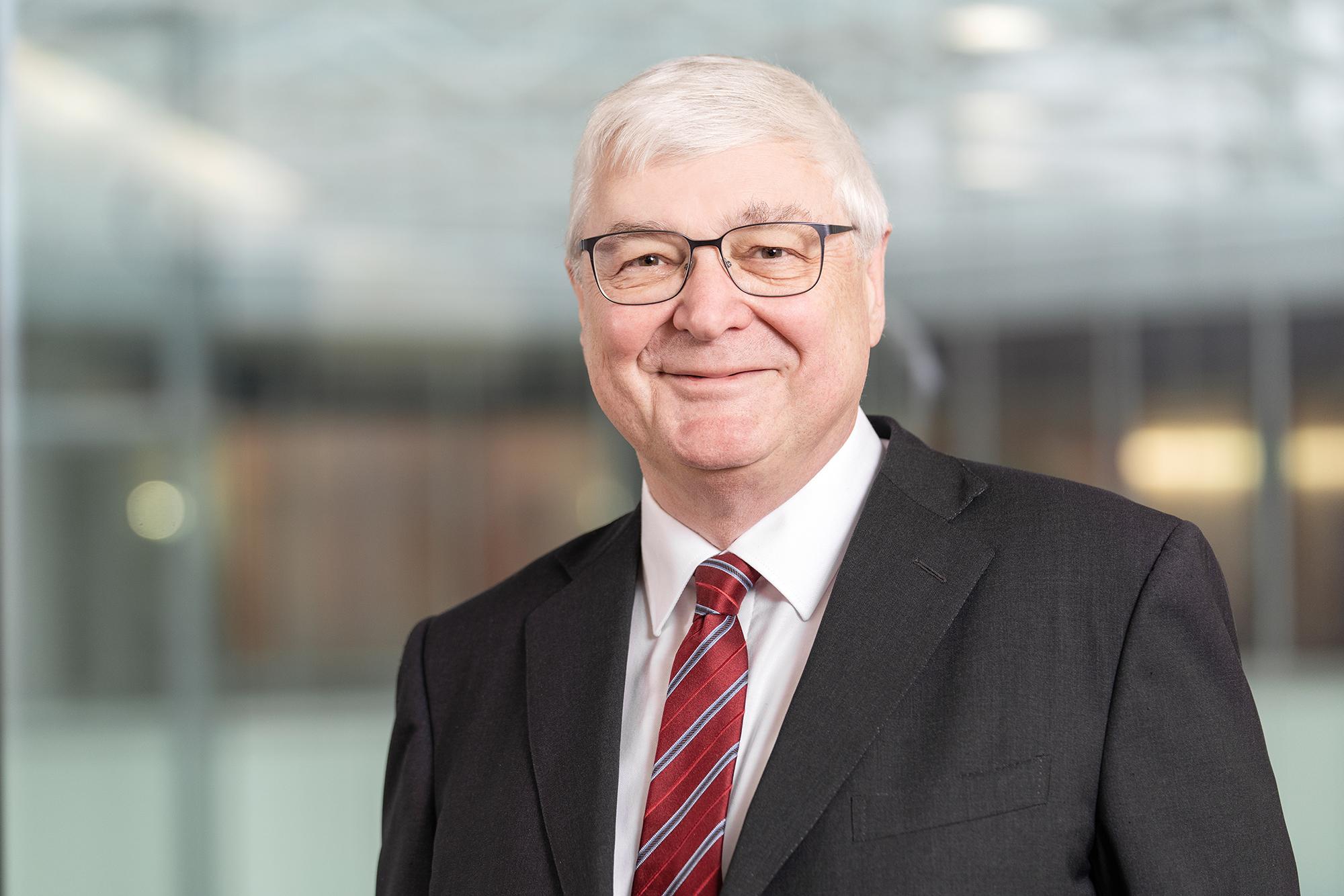 Adrian Rüesch